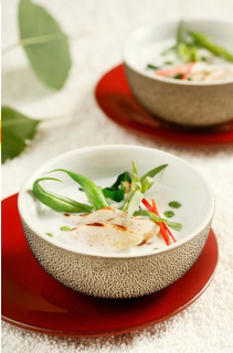Súp gà kiểu Thái