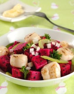 Salad thanh long đỏ