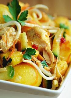 Gà trộn khoai tây