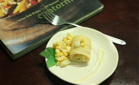 Mỳ ý cuộn ngô xốt mayonaise