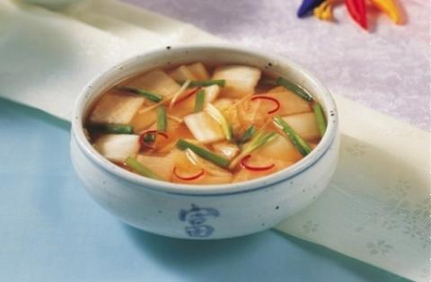 Kim chi nước củ cải