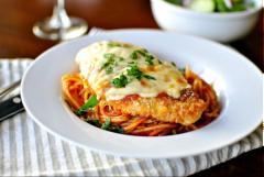 Mì spaghetti gà nướng phô mai