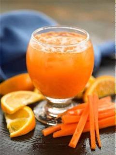 Nước ép cam, cà rốt, mật ong