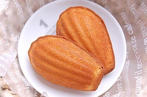 Bánh Madeleine phô mai