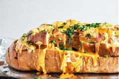 Bánh mì nướng tỏi phô mai