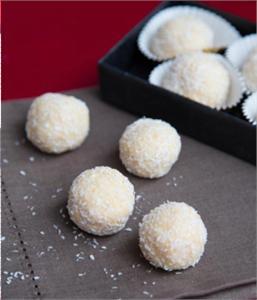 Bánh sữa lăn dừa