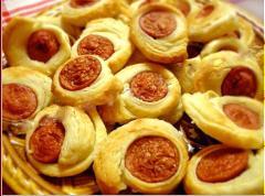 Bánh xúc xích nướng