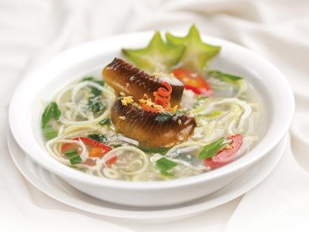 Canh lươn nấu bắp chuối