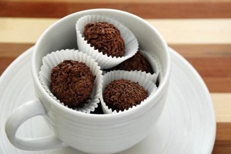 Chocolate truffle hai lớp