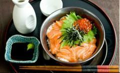 Cơm cá hồi kiểu Nhật