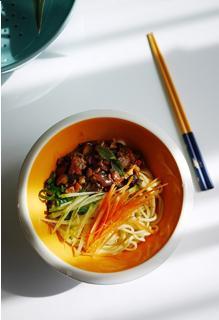 Mì trộn nấm kiểu Hàn
