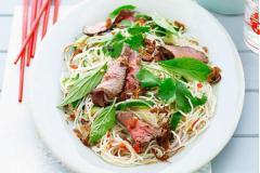 Salad thịt bò kiều Thái