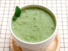 Sinh tố chuối trà xanh