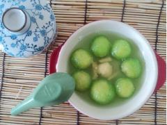 Chè bột báng lá dứa đậu xanh