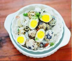 Trứng cút rang muối