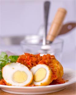 Trứng xào cay