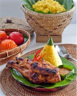 Xôi gà nước dừa
