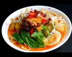 Hủ tiếu cà ri bò kiểu Thái