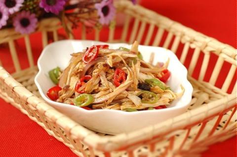 Salad gà cay