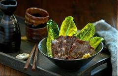 Thịt bò tẩm sốt nước than
