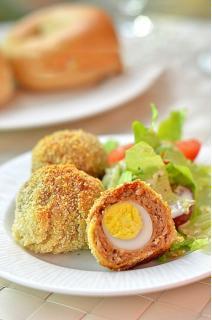 Trứng cút bọc thịt bắm