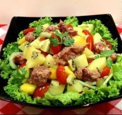 Salad kiwi trộn bò hầm