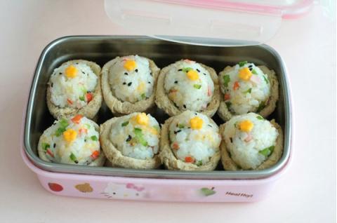 Sushi đậu hũ chiên kiểu Hàn