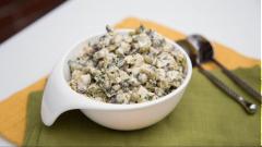 Salad gà nấm đậu Hà Lan