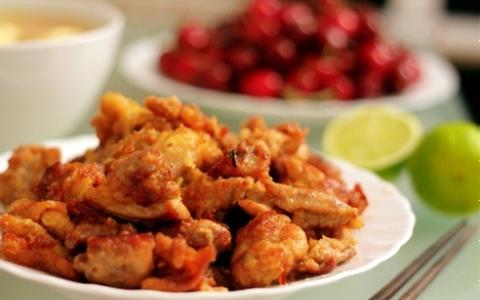 Thịt gà chiên sốt tương gừng