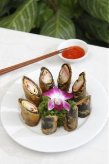 Rong biển cuộn chả tôm