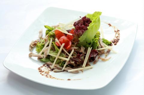 Salad chim ngói