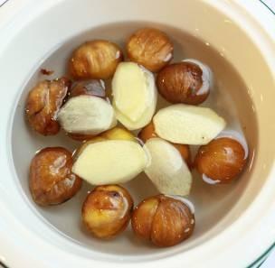 Chè hạt dẻ nấu gừng