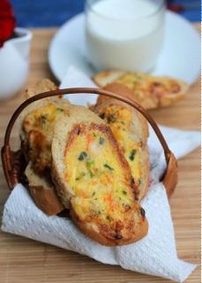 Bánh mì nướng tôm trứng