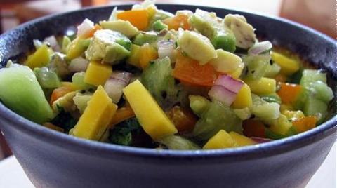 Salad xoài kiwi chua ngọt