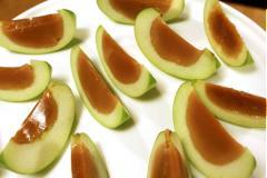 Thạch táo caramen