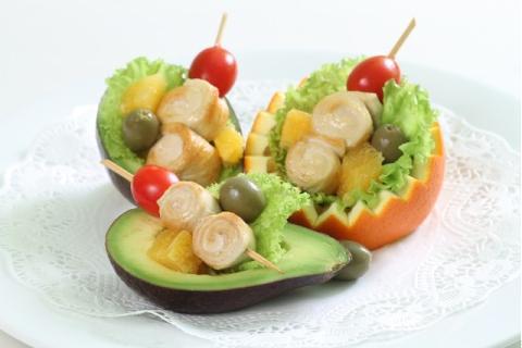 Salad trái cây gà nướng