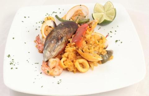 Cơm kiểu Tây Ban Nha