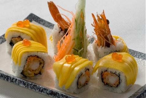 Sushi cuộn xoài