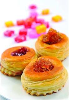 Bánh puff pastry mứt trái cây