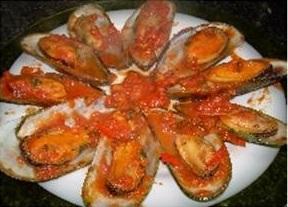 Vẹm sốt cà chua kiểu Ý