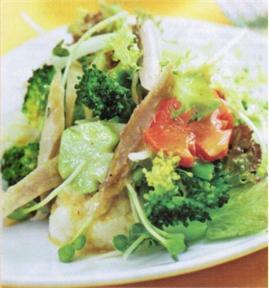 Bông cải trộn gà xé