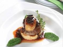 Phi lê bê nướng nấm truffle
