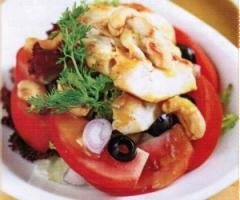 Salad gà hạt điều
