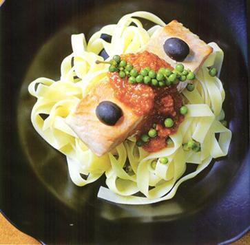 Pasta cá hồi tiêu xanh